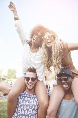 Friends on music festival