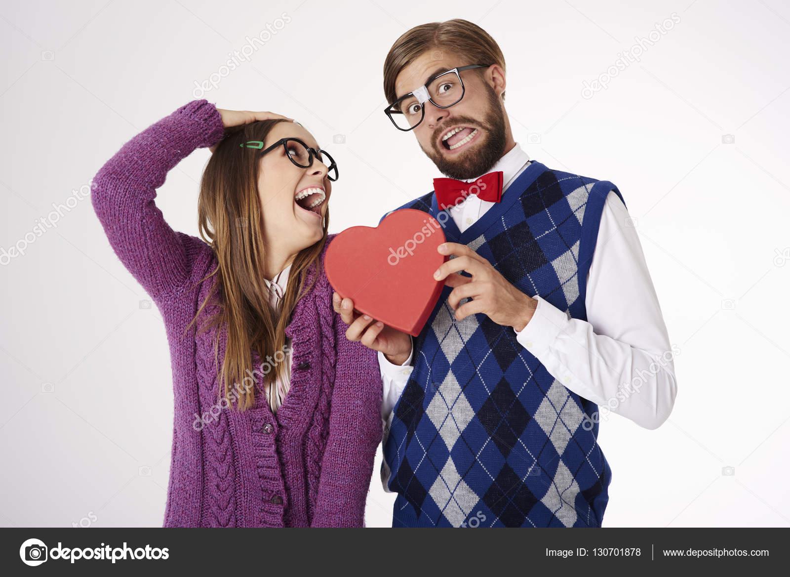 Dating en nörd flicka Online Dating tracker