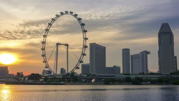 Panorama na západ slunce v Singapuru. Časová prodleva