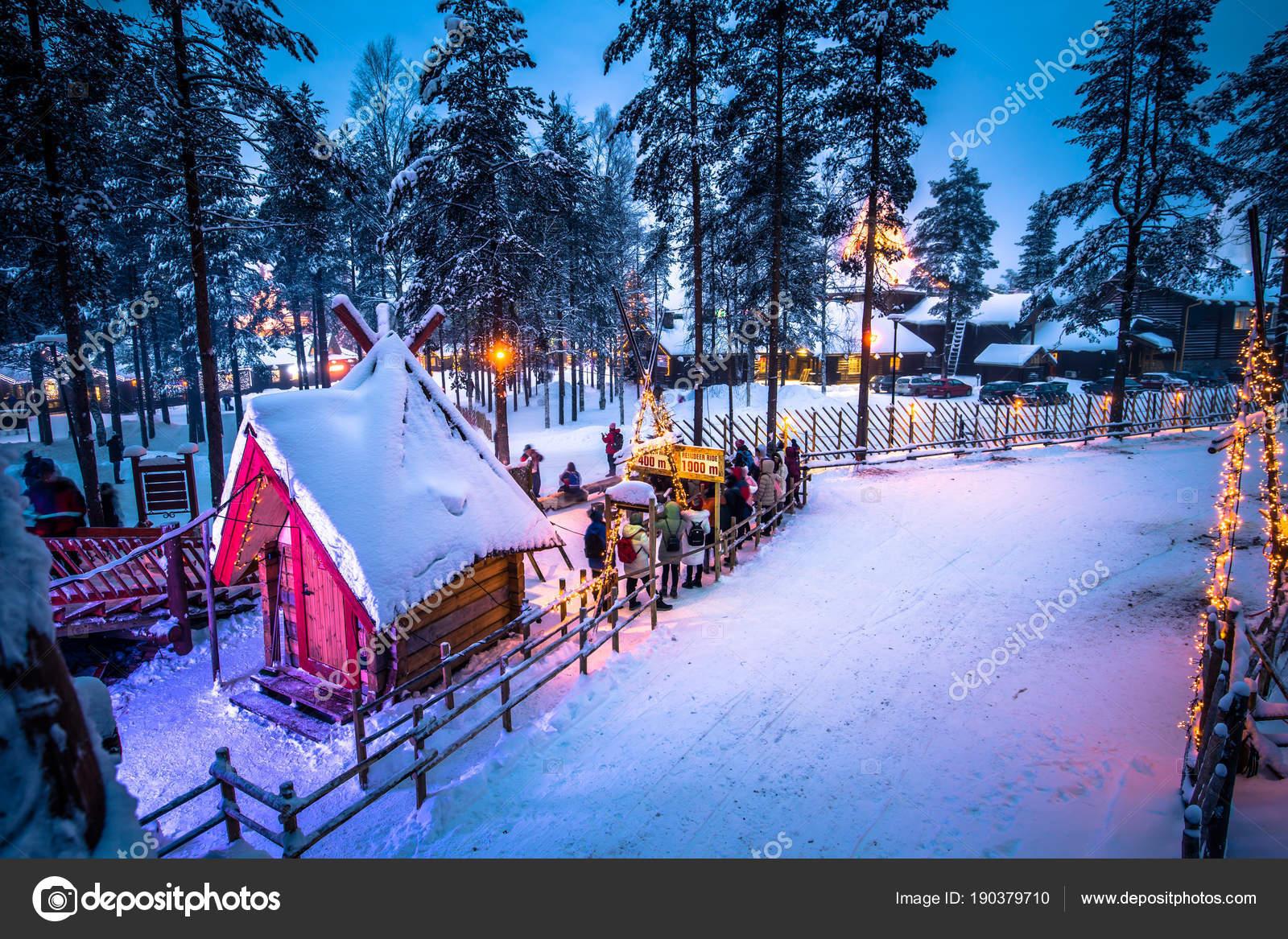 Villaggio Babbo Natale Rovaniemi.Rovaniemi Dicembre 2017 Villaggio Babbo Natale Rovaniemi Finlandia