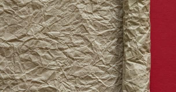 Barevné papíry se mění. Přechodový barevný papír