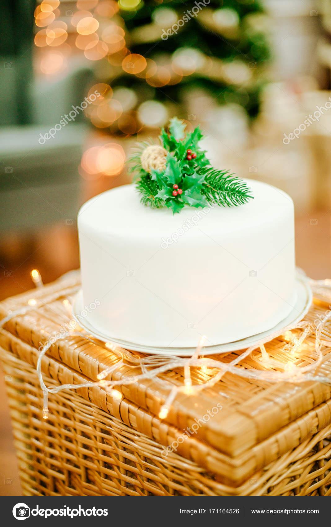 Gateau De Fete De Noel.Gâteau Appétissant Pour Le Nouvel An Et Fête De Noël