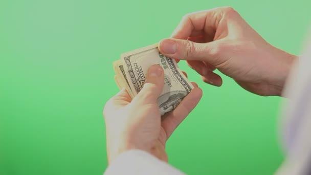 Ruce, počítání amerických dolarů