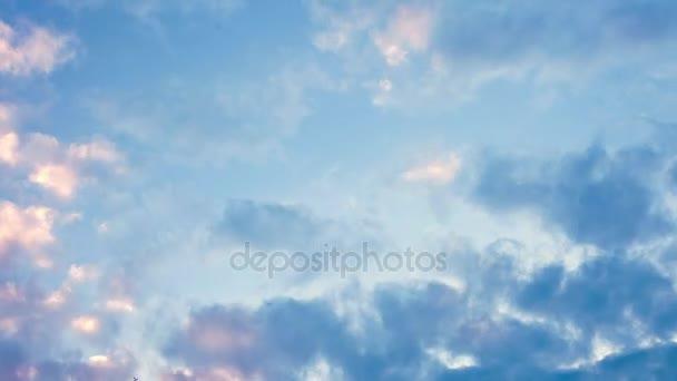 Time-Lapse zářivých barev h. oblohy