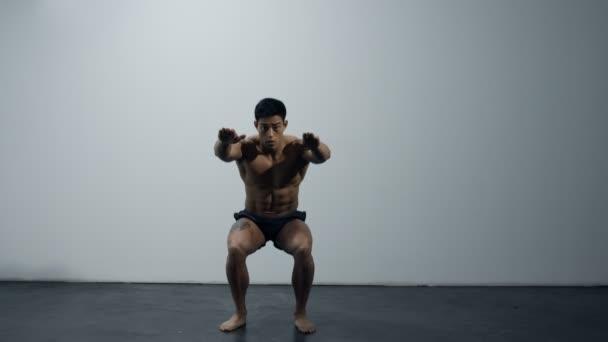 Squat cvičení fitness Model
