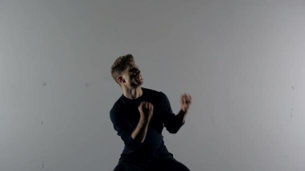 Ukázka z herecké schopnosti: vítězství Cheer