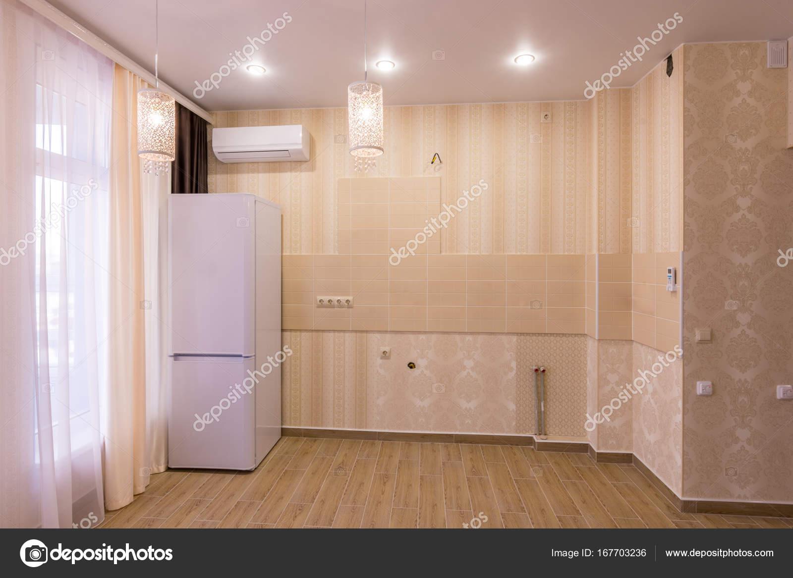 Imágenes: muebles de cocinas | Interior de una cocina vacía sin ...