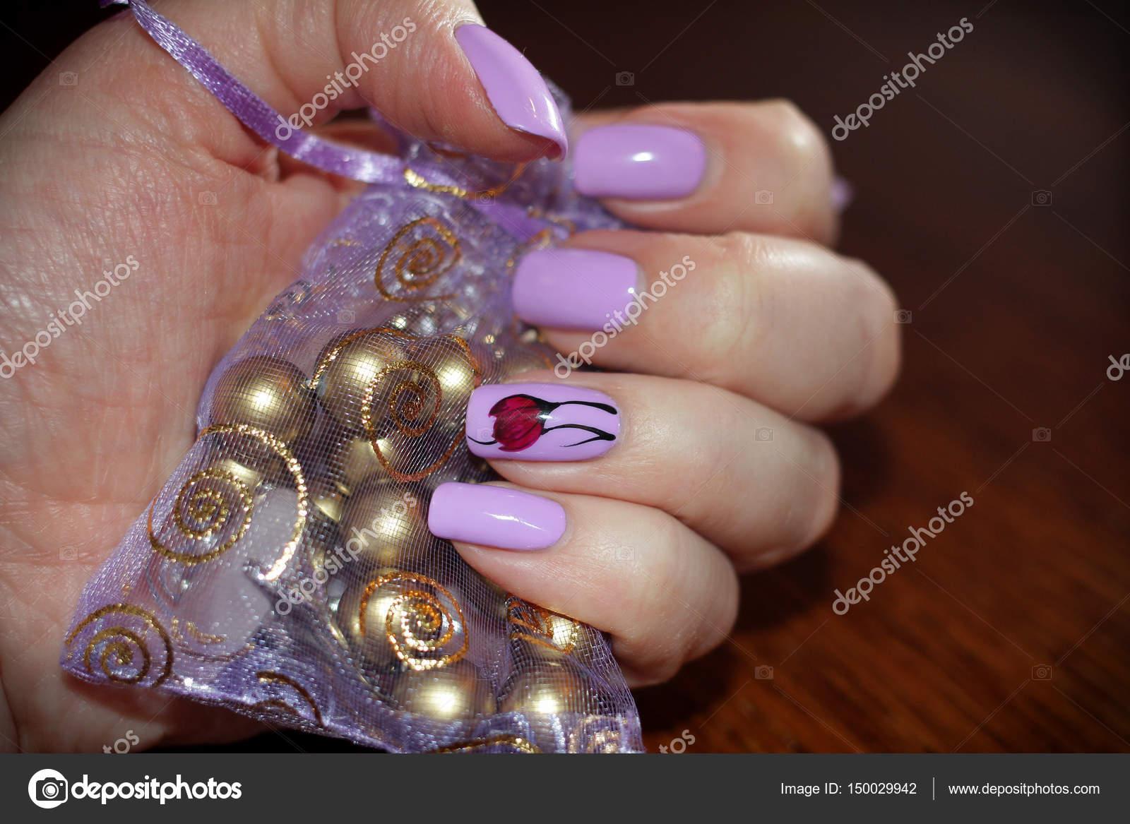 Nägel lila Farben in das design — Stockfoto © Bagira262626 #150029942