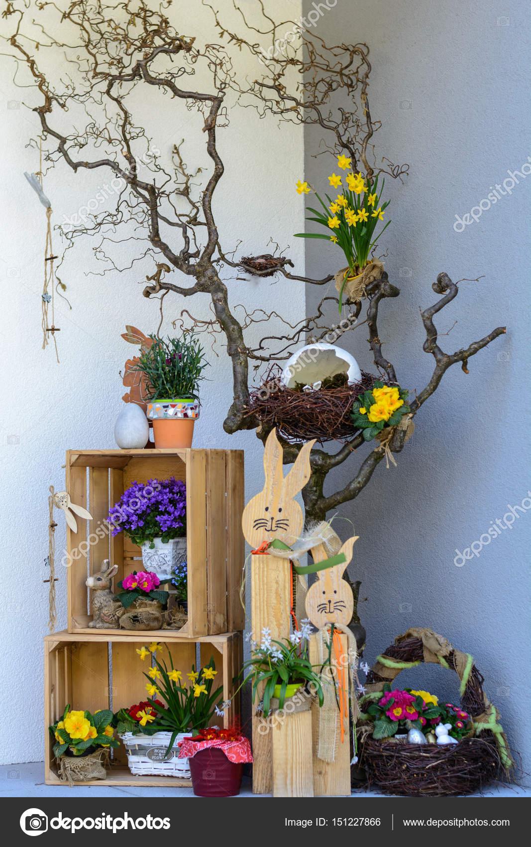 Kolorowe Dekoracje Wielkanocne W Domu Zdjęcie Stockowe