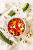 Vaření - zeleninové vegetariánské ragú (hustá polévka)