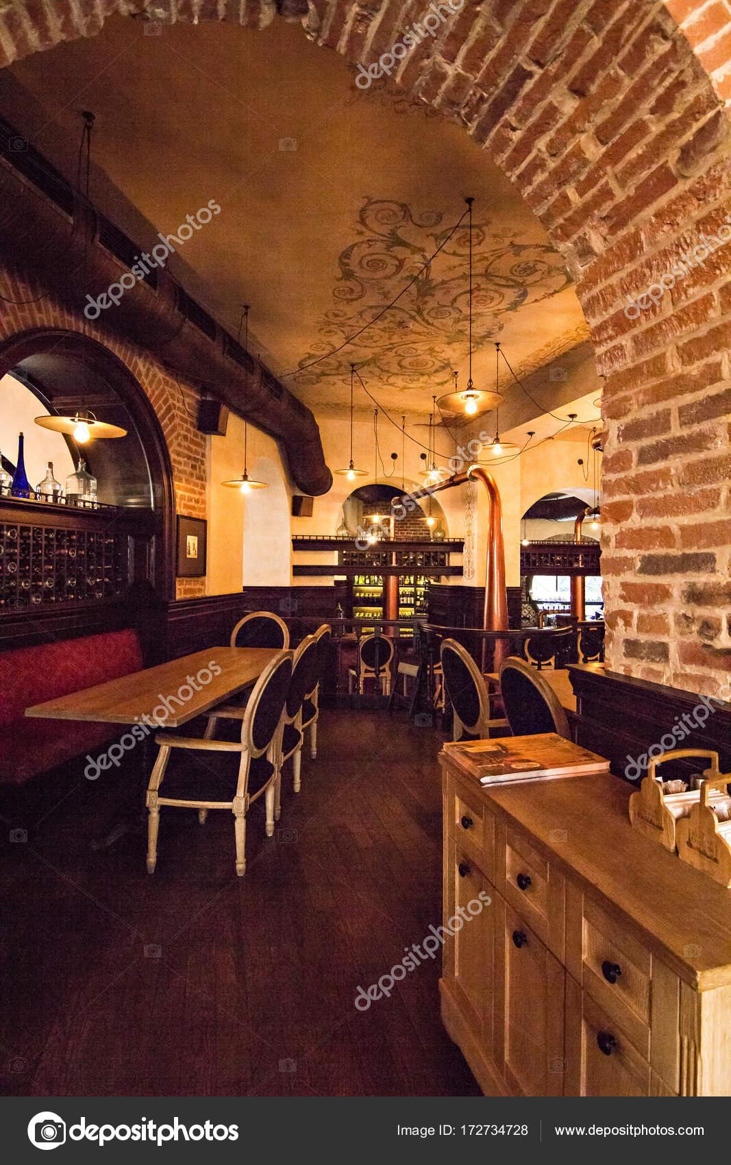 Interieur des Restaurants, Café im alten Haus — Stockfoto ...