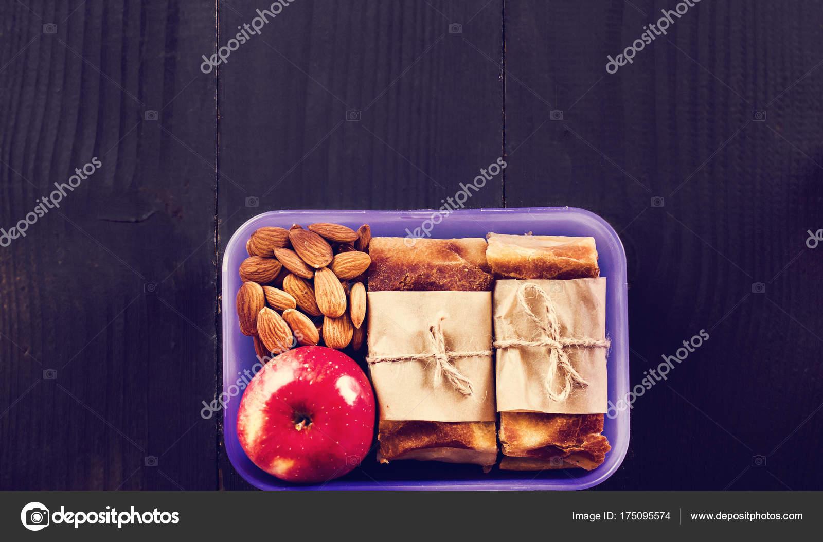 Spuntini Sani Per La Scuola : Snack a scuola uno spuntino per lavorare pranzare con te torta