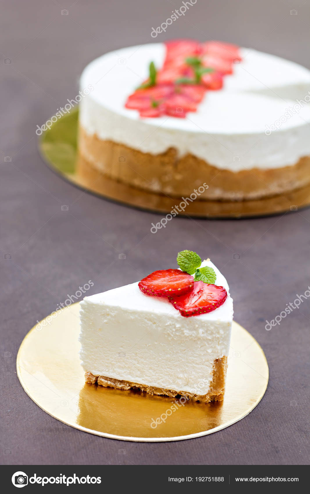 Tarta De Queso Con Fresas Pastel Decorado Con Fresas Fotos De