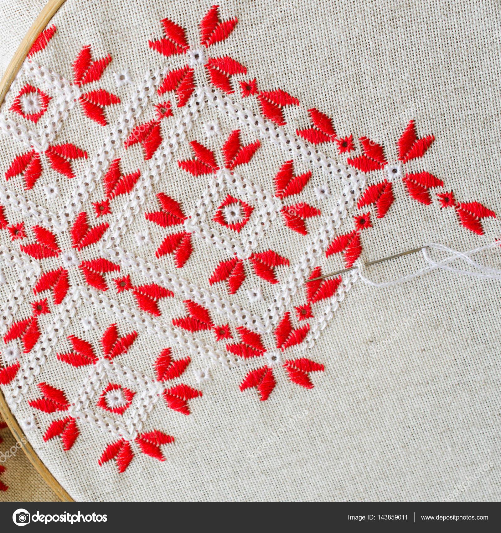 Imágenes: bordados a mano | Bordado hecho a mano hilos rojo y blanco ...