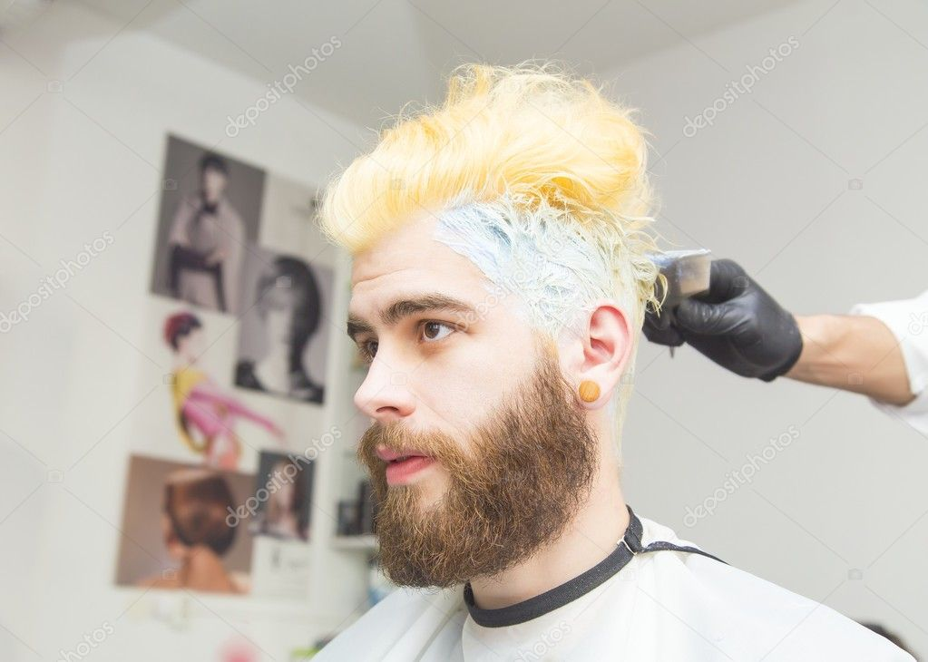 Blond Färben Für Männer Stockfoto Giorgiomtb 127149386