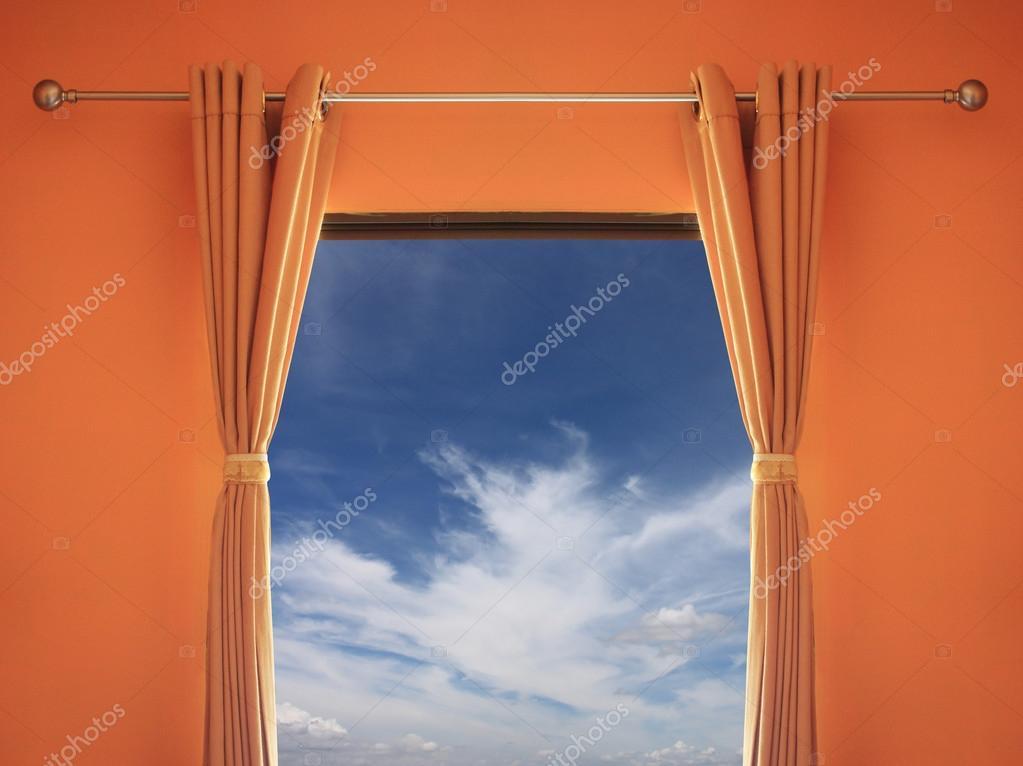 chambre orange disposent d\'une fenêtre avec stores vous pouvez voir ...
