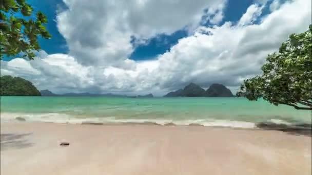 The Las Cabanas beach of the tropical island. El Nido, Palawan island, Philippines