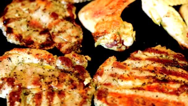Pečení masa na grilu