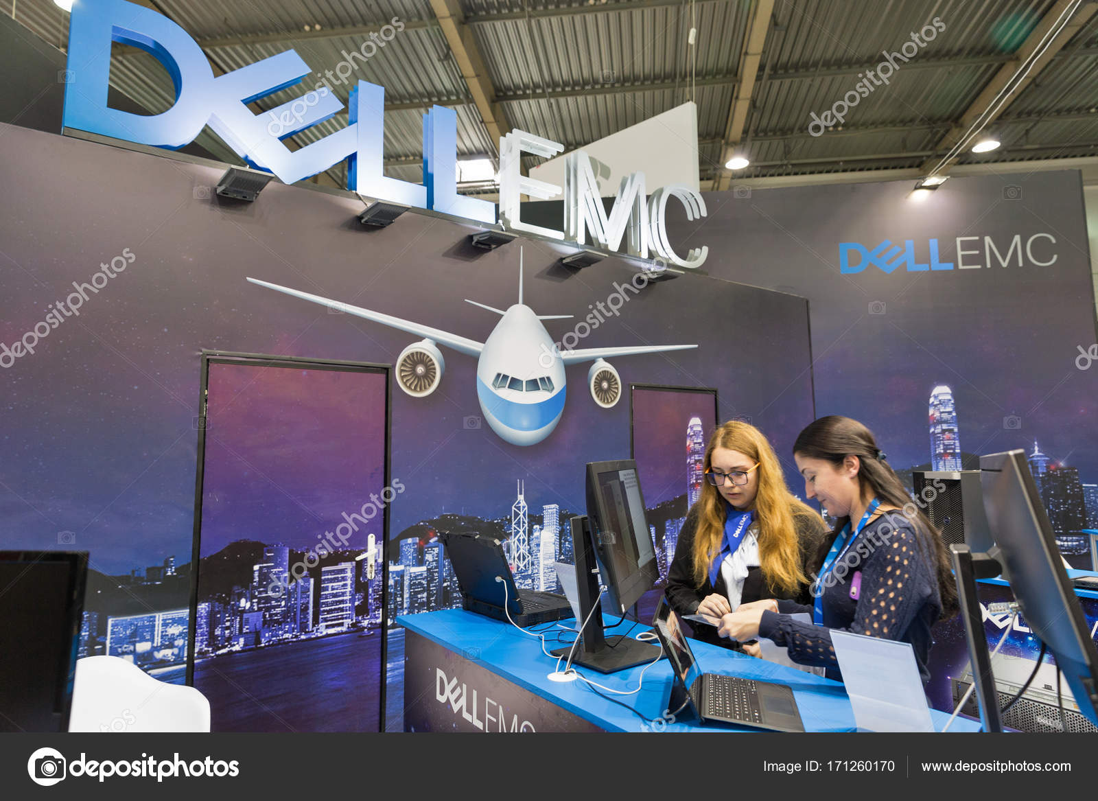 Dell Emc Booth During Cee 2017 In Kiev Ukraine Stock Editorial