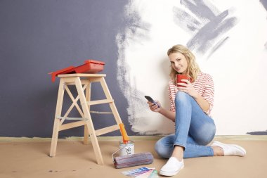 woman  using her phone