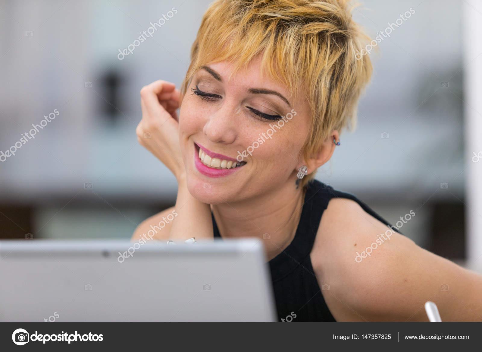 Знакомства по видео связи еротические знакомства