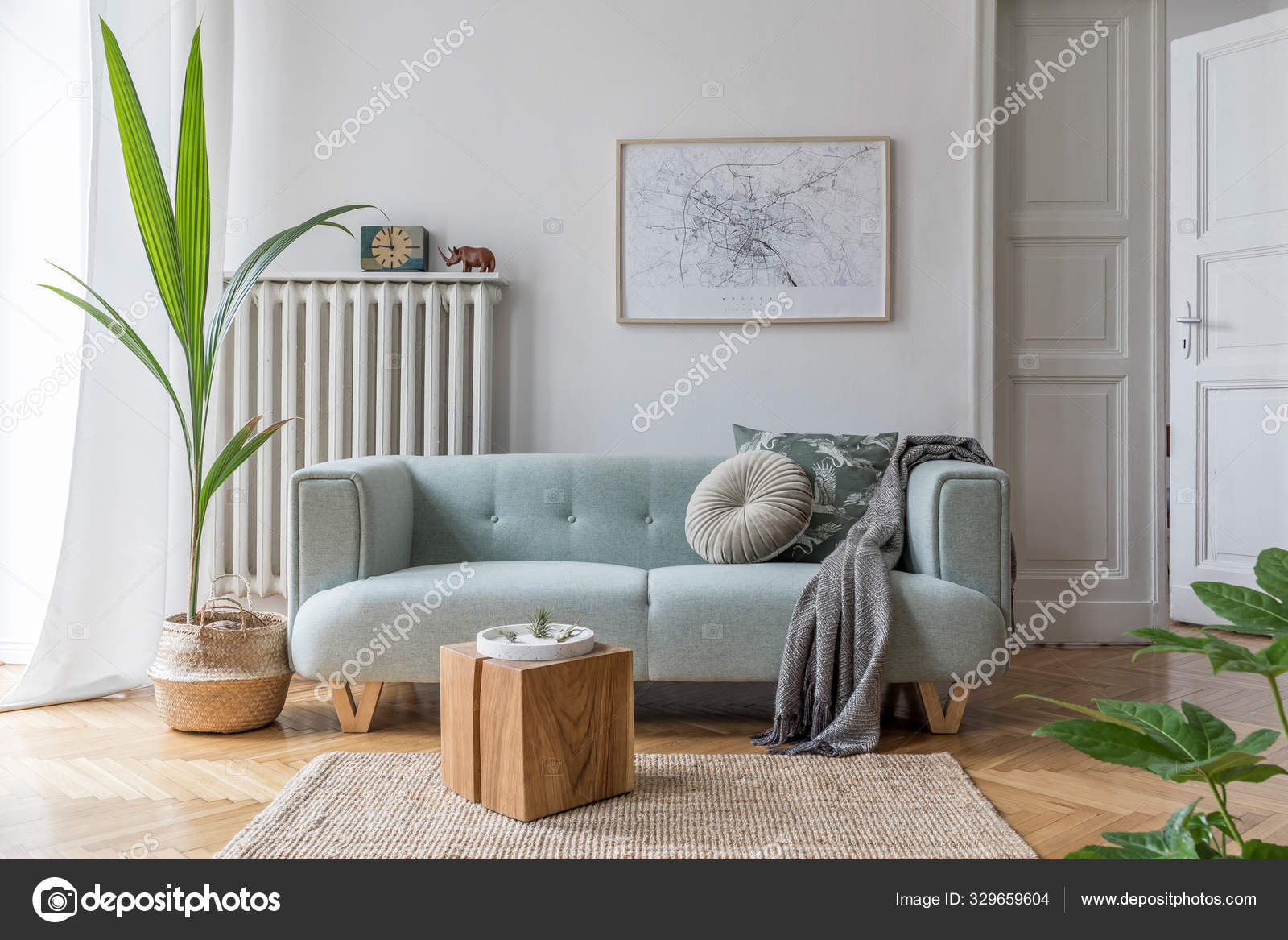 Modern Interieur Met Sofa Eigentijdse Accessoires Stijlvolle Woonkamer Design Home Stockfoto Rechtenvrije Foto Door C Followtheflow 329659604