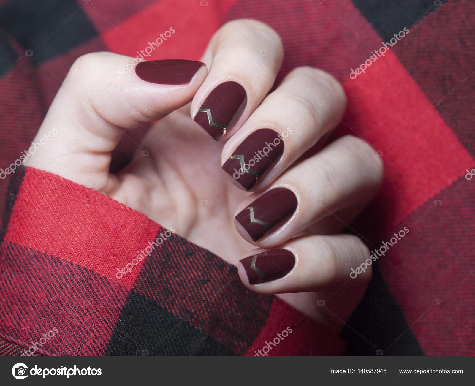 Beautiful maroon nails with chevron design. — Stock Photo ...