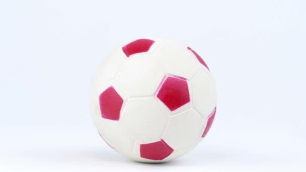 A focilabda fehér alapon forog. Bajnokság. Világot. Európába. A szöveg helye.