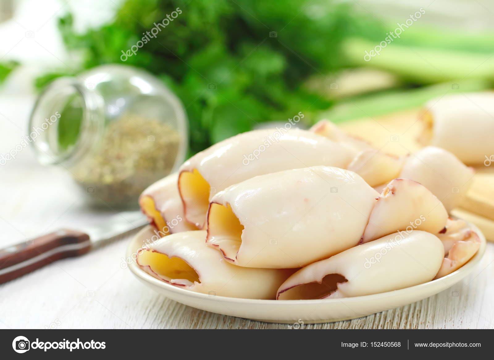 Варёные кальмары