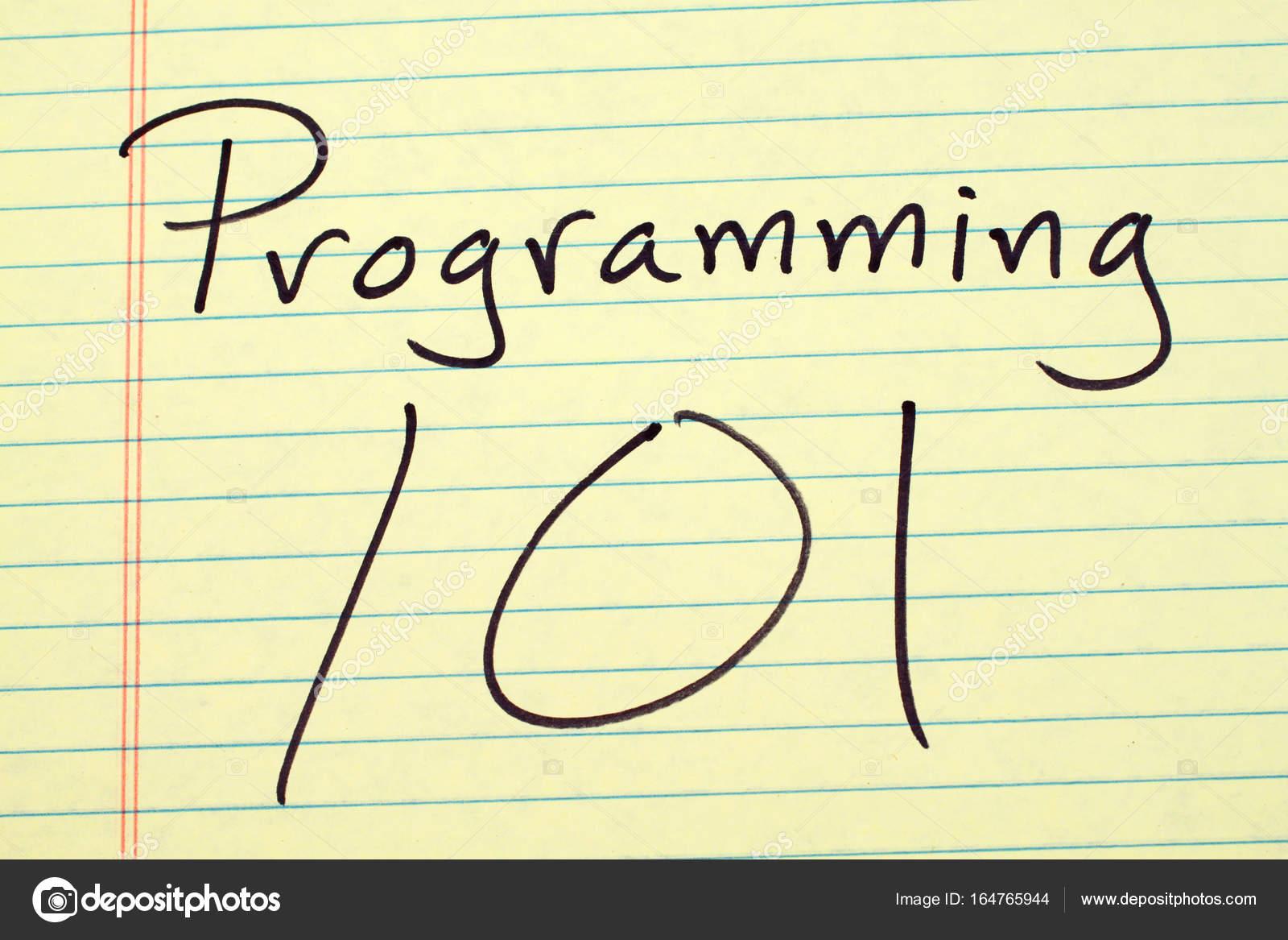 Programación 101 en una plataforma Legal amarillo — Foto de stock ...