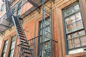 Fire escape lépcsők és létrák