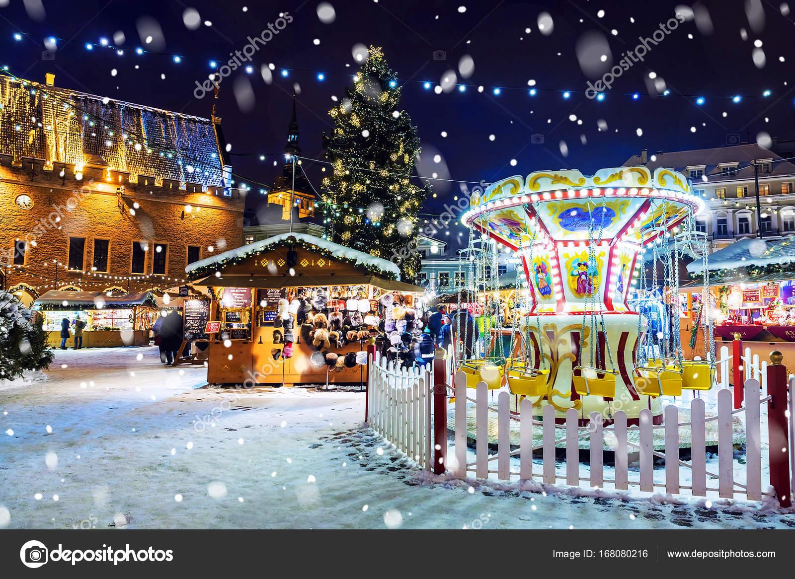Tallinn Estland 6 Januari Kerstmarkt Op Stadhuis Squa