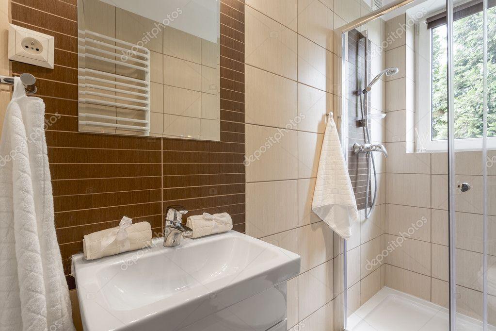 Kleine Praktische Badkamer : Kleine badkamer inrichten 14. kleine badkamer ideeen 102602 luxe
