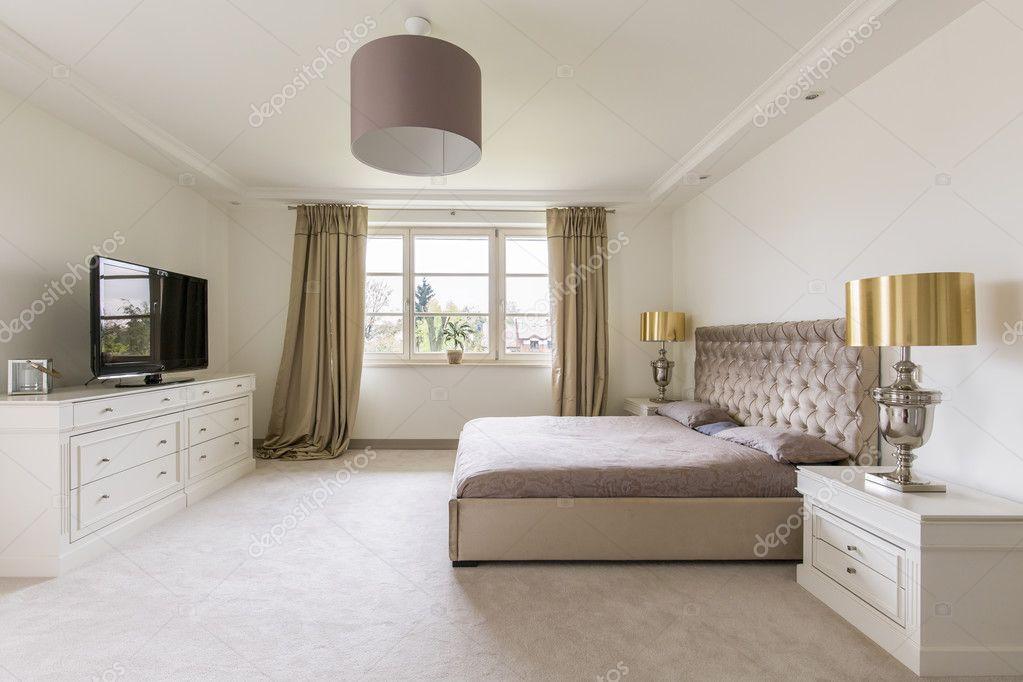 Elegante slaapkamer ontwerp u2014 stockfoto © photographee.eu #125877260