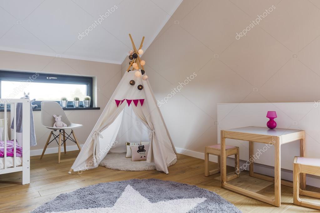Tente indienne dans la chambre d\'enfant — Photographie photographee ...