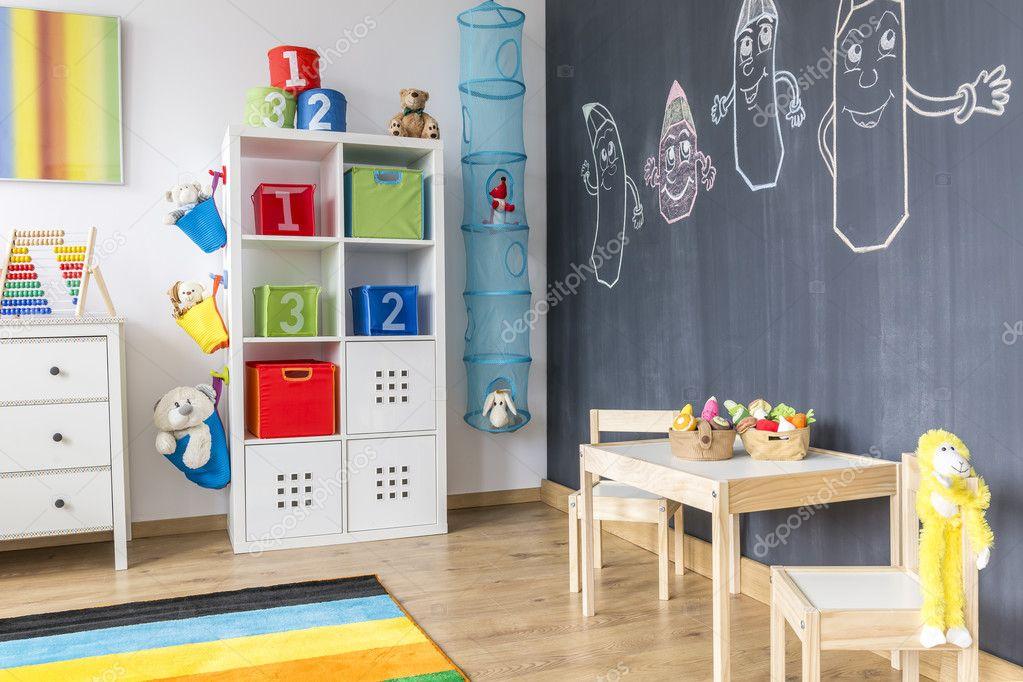 Pareti Lavagna Per Bambini : Camera bambino con parete lavagna u foto stock photographee eu