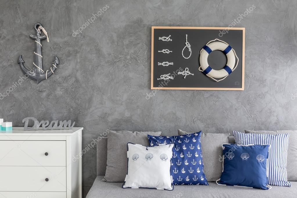 Moderne woning met nautische decoratie u stockfoto photographee
