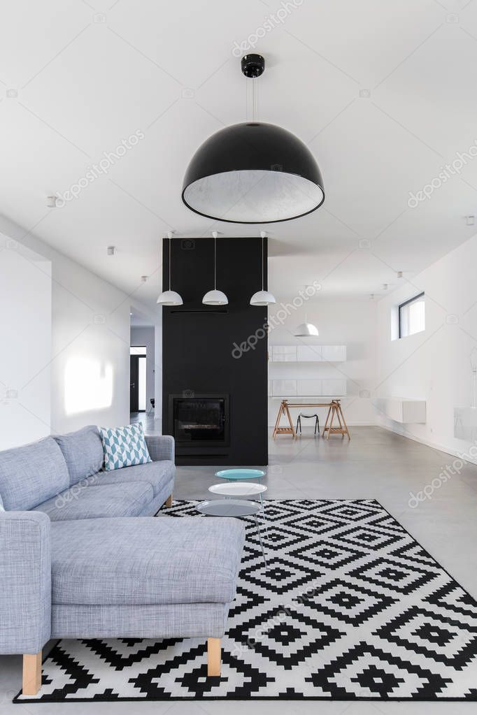 Minimalistisch zwart / wit woonkamer — Stockfoto © photographee.eu ...