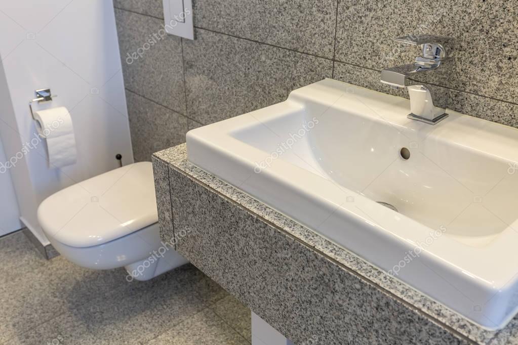 Toilet in ongewone stijl u stockfoto photographee eu