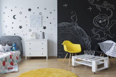 Creative kid's bedroom