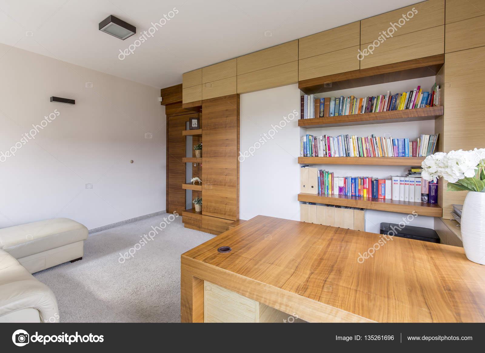 Woonkamer Met Boekenkast : Boekenkasten