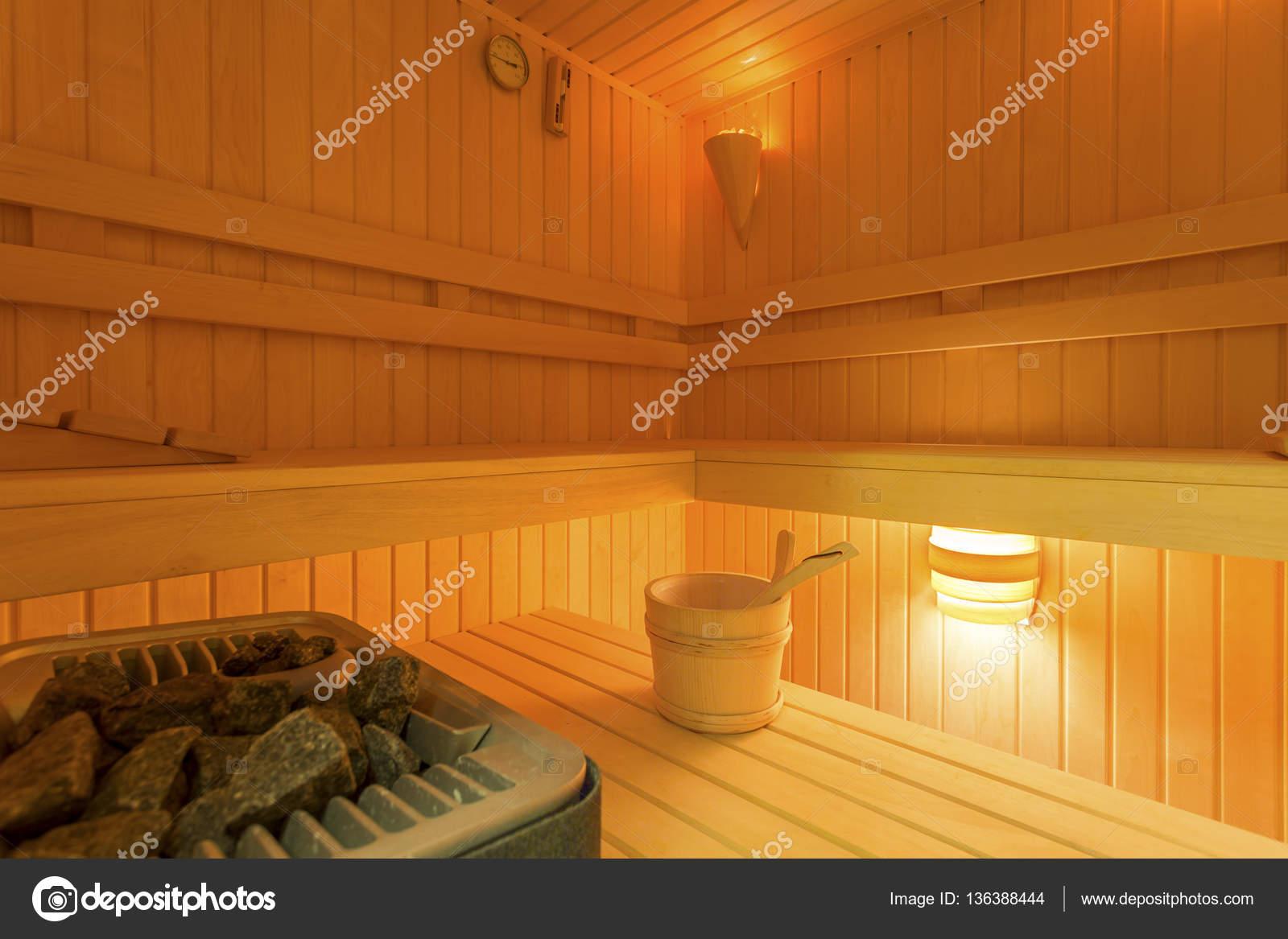 Sauna In Huis : Huis met sauna u stockfoto photographee eu