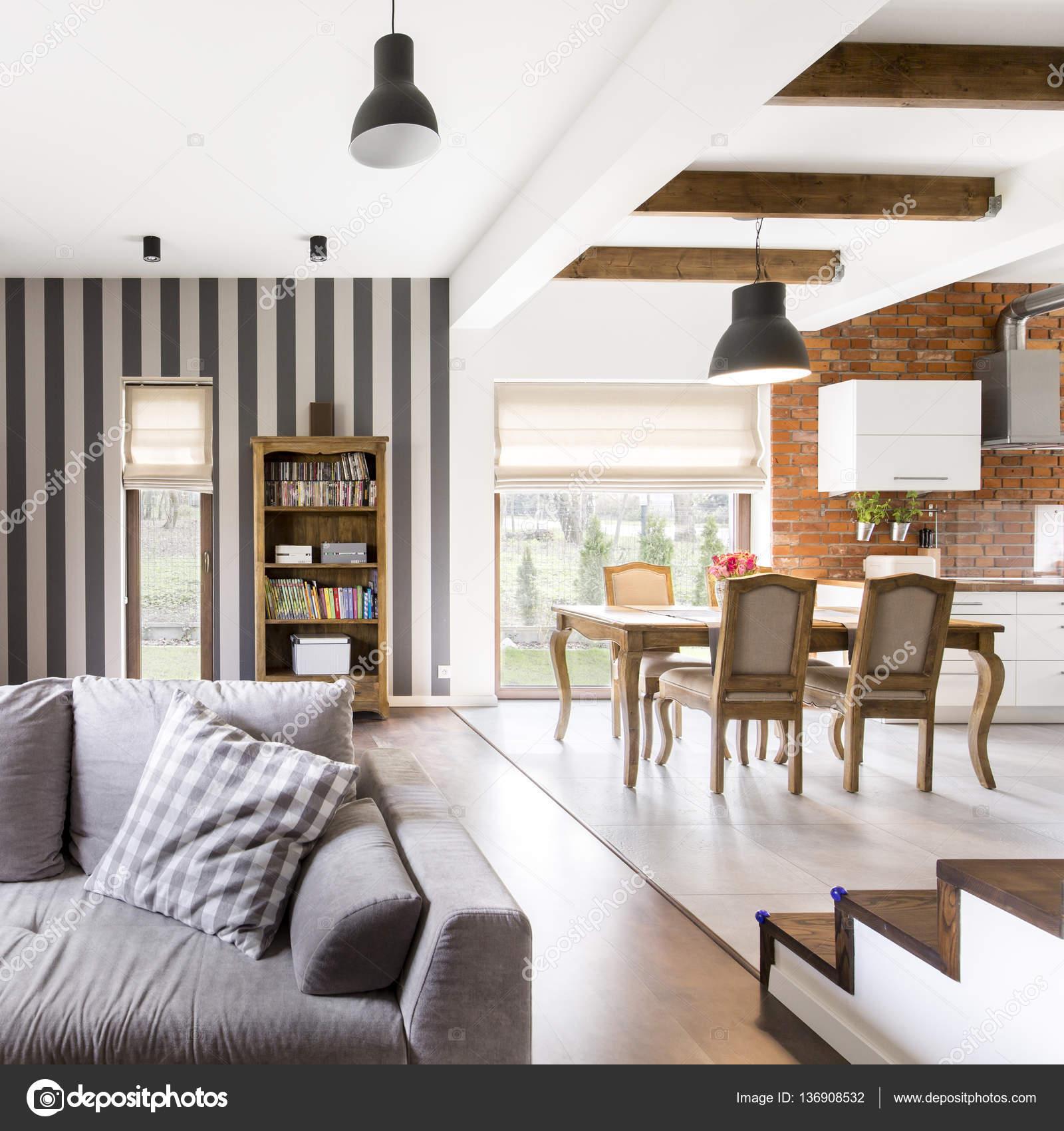 Glamour-Interieur mit Vintage Möbel — Stockfoto © photographee.eu ...