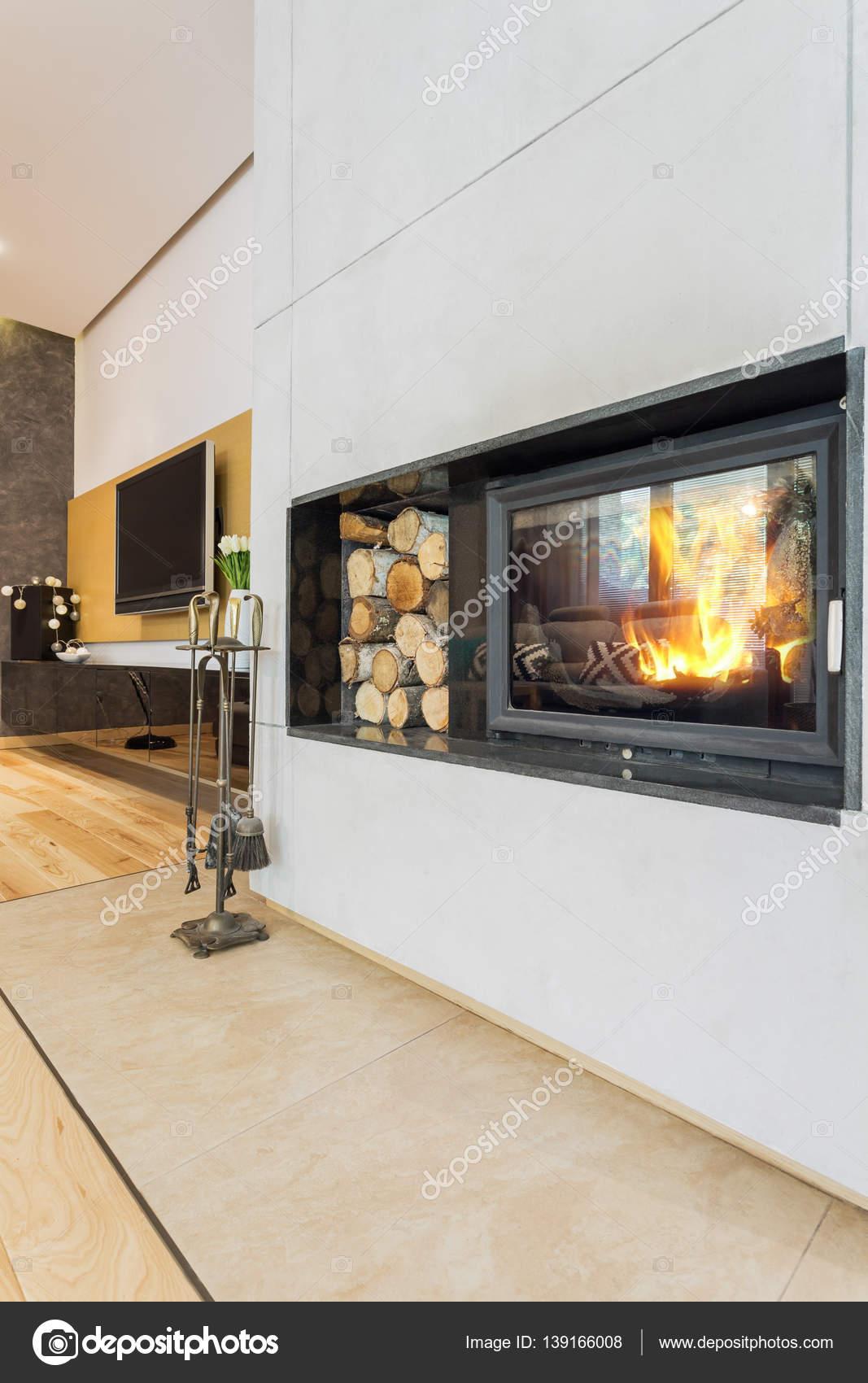Genial Moderne Minimalistische Kamin In Villa U2014 Stockfoto