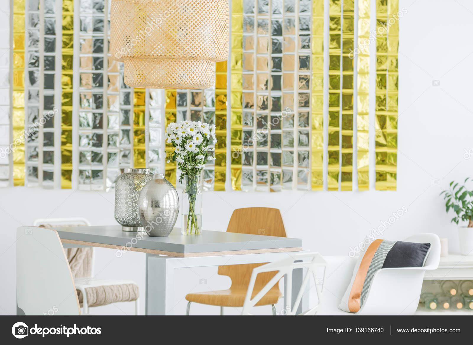 Eettafel Stoelen Modern.Moderne Eettafel En Stoelen Stockfoto C Photographee Eu 139166740