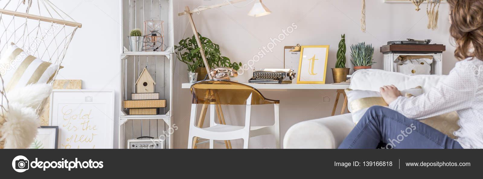 Wielofunkcyjny Pokój Z Hamak Zdjęcie Stockowe
