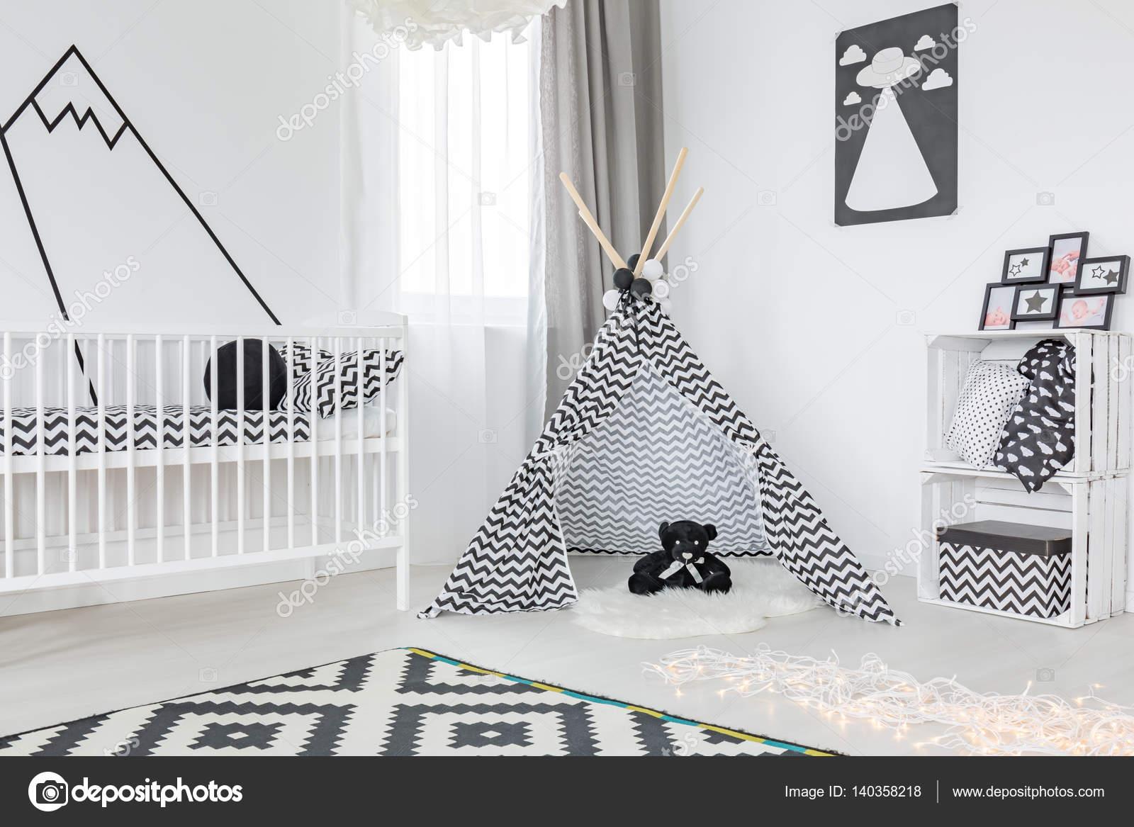 Schwarz / weiß-Kinderzimmer — Stockfoto © photographee.eu ...