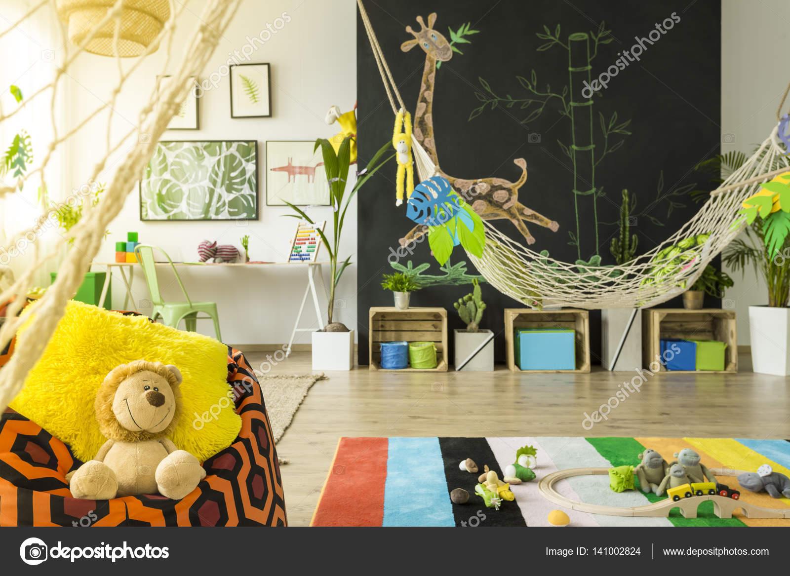 Jungle Decoratie Kinderkamer.Jungle Kinderkamer Met Hangmat Stockfoto C Photographee Eu 141002824