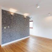 Fotografie Spacious corridor with elegant wallpaper