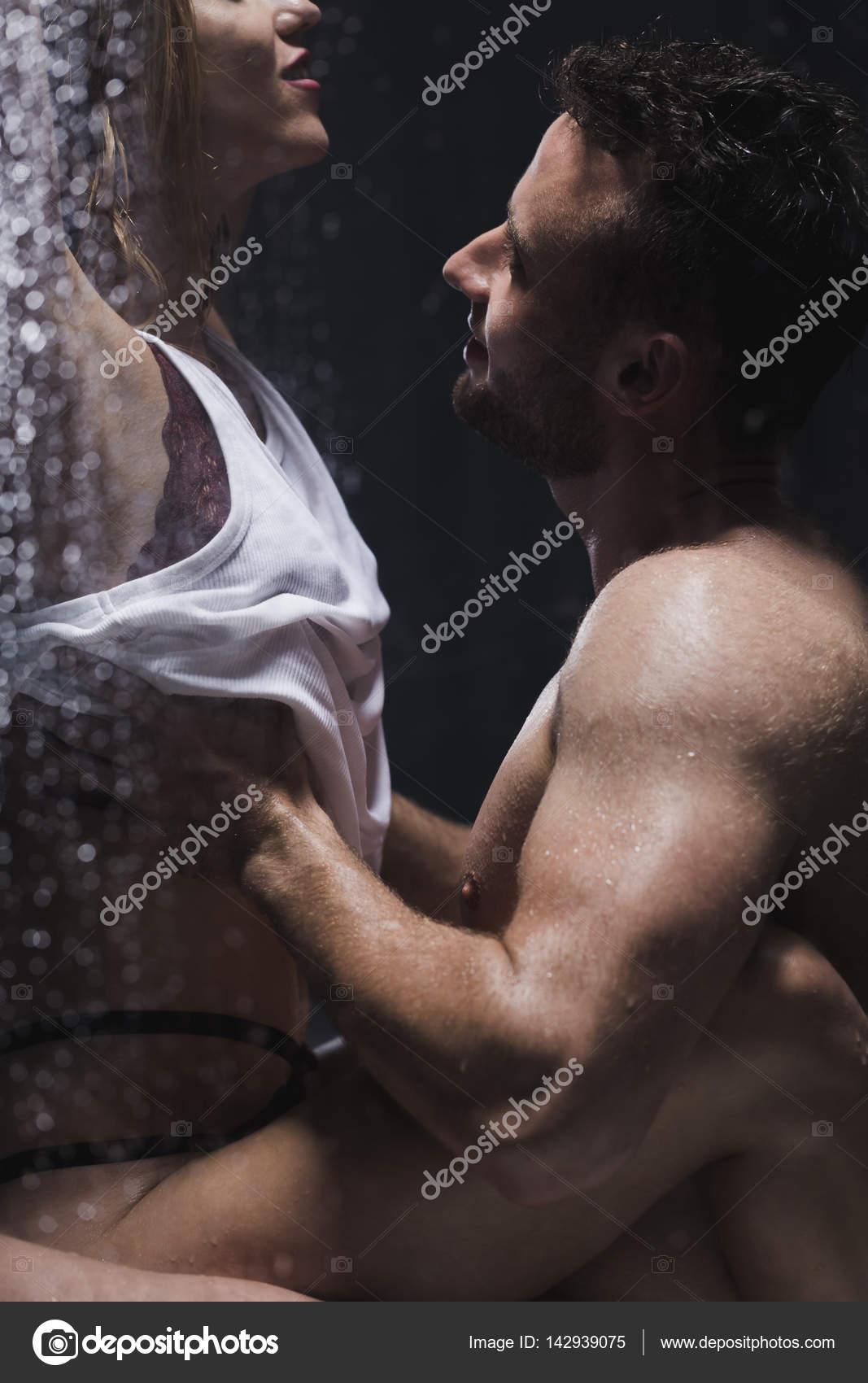 Free gay musclemen blog